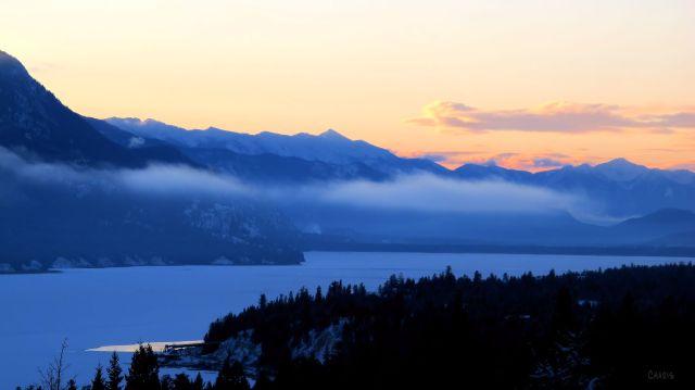 IMG_4626 dawn columbia lake
