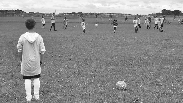 IMG_0494 soccer wait bw