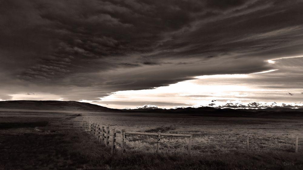 IMG_7152 dark sky near Longview bw ch