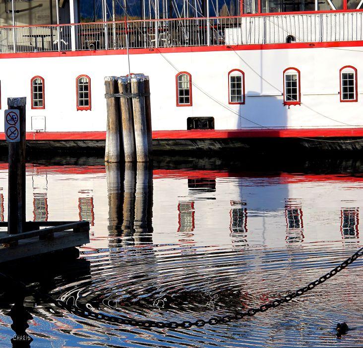 kelowna harbour IMG_0493