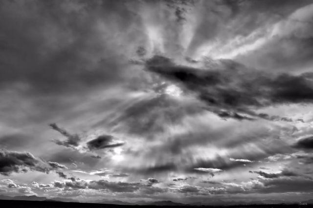 lundbreck sky bw 3 ch