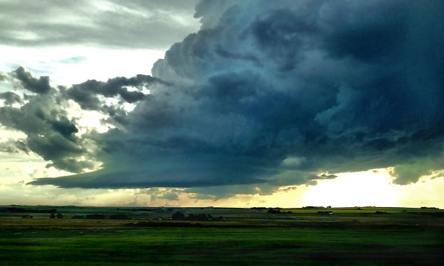 thunder clouds near Calgary IMG_0667