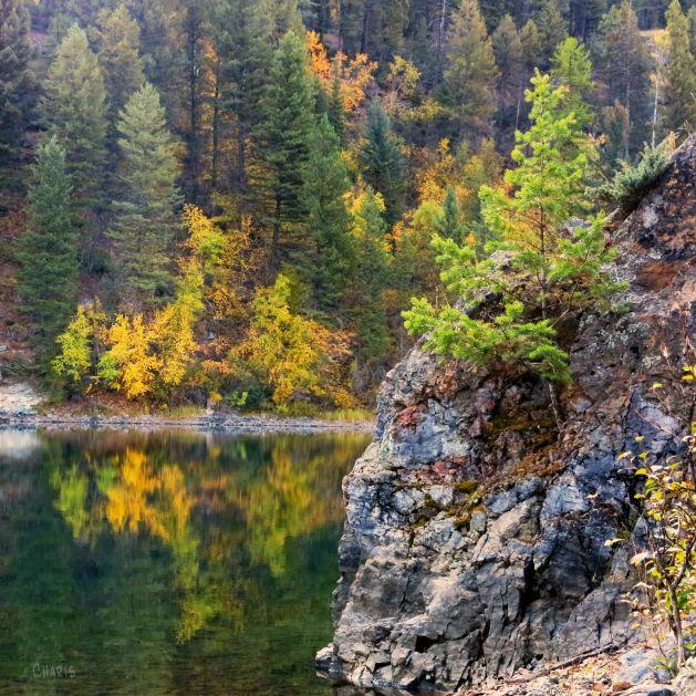 Lazy Lake rock autumn ch sq IMG_6347