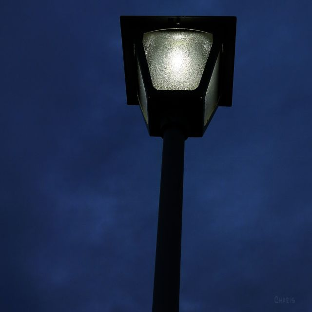 lamp post dark sky ch 2 IMG_9163