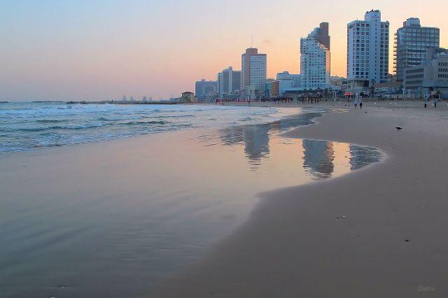 IMG_7307 morning on beach Tel Aviv