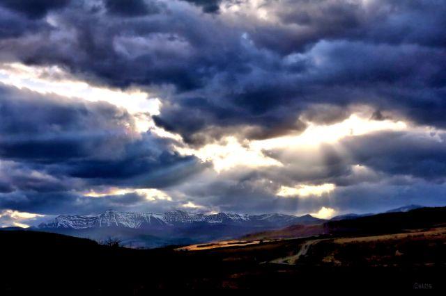 cowboy trail sun rays ch 3 IMG_0992