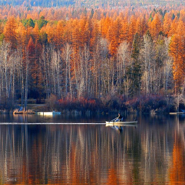 jimsmith-lake-boat-autumn-reflect-ch-colour-dsc_0386