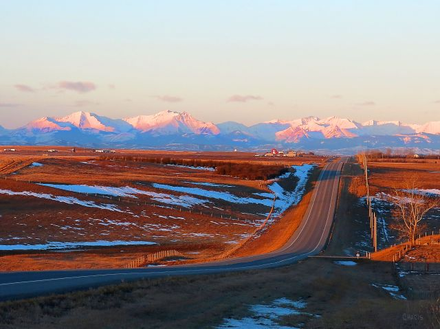 mountains-road-near-high-river-img_6434