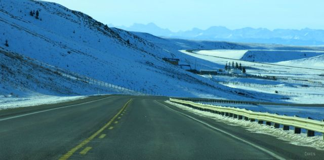 waldron-ranch-road-winter-rockies-img_6720