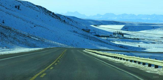 waldron-ranch-road-winter-rockies-img_6720