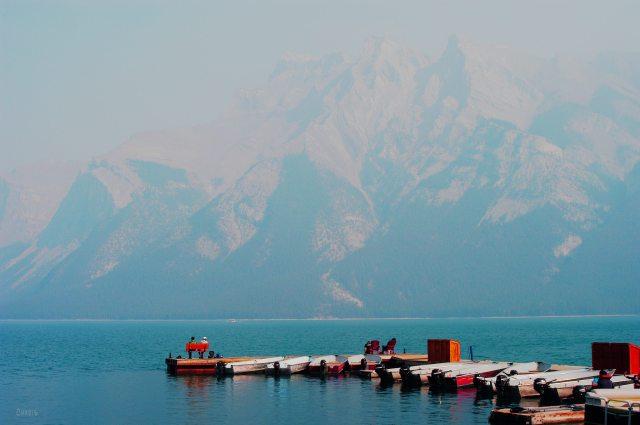 minnewanka mountain lake smoke ch rs DSC_0151