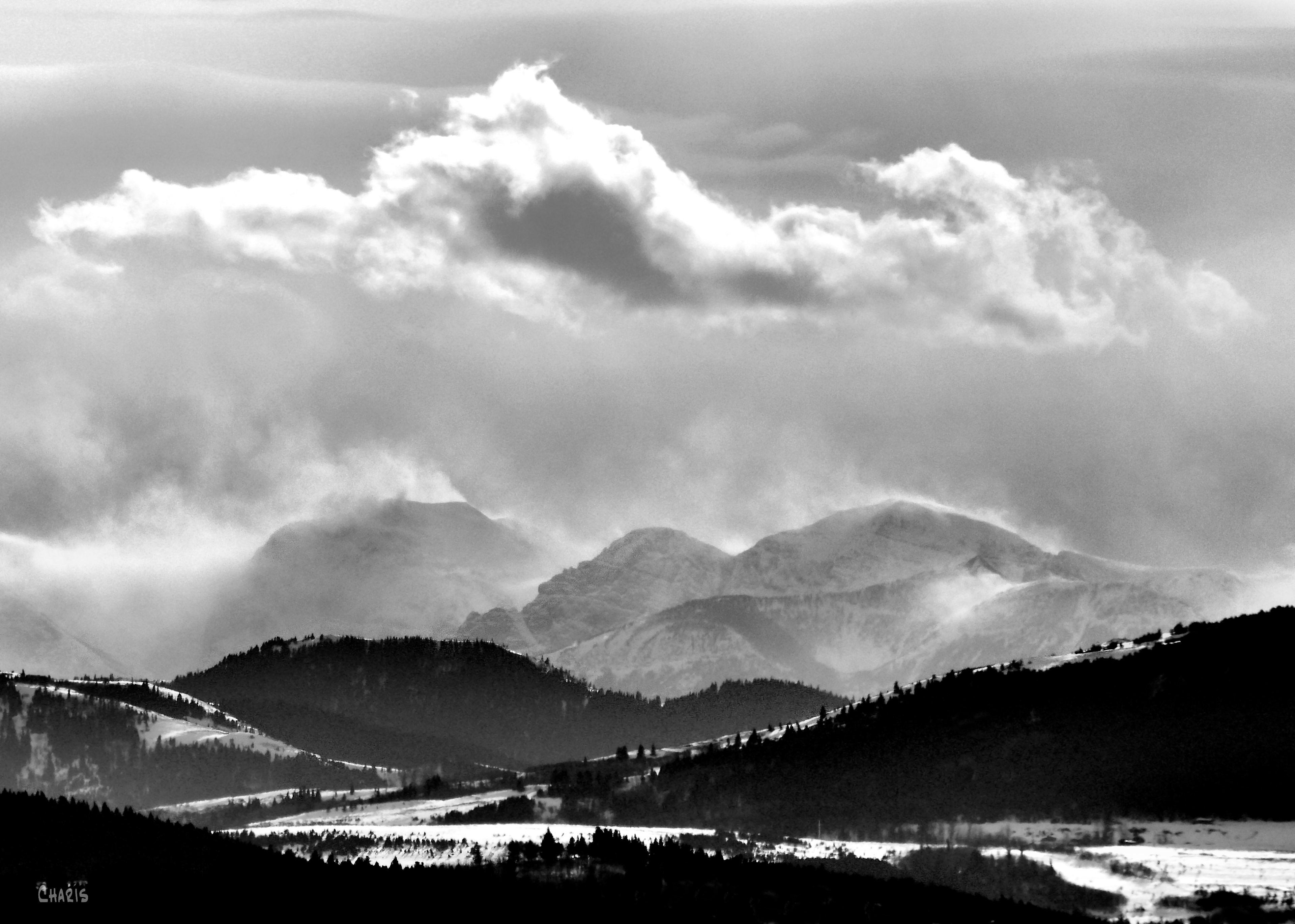 mountain snow clouds hwy 22 ch crop bw DSC_0099