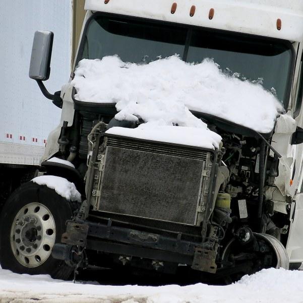 broekn truck IMG_3137