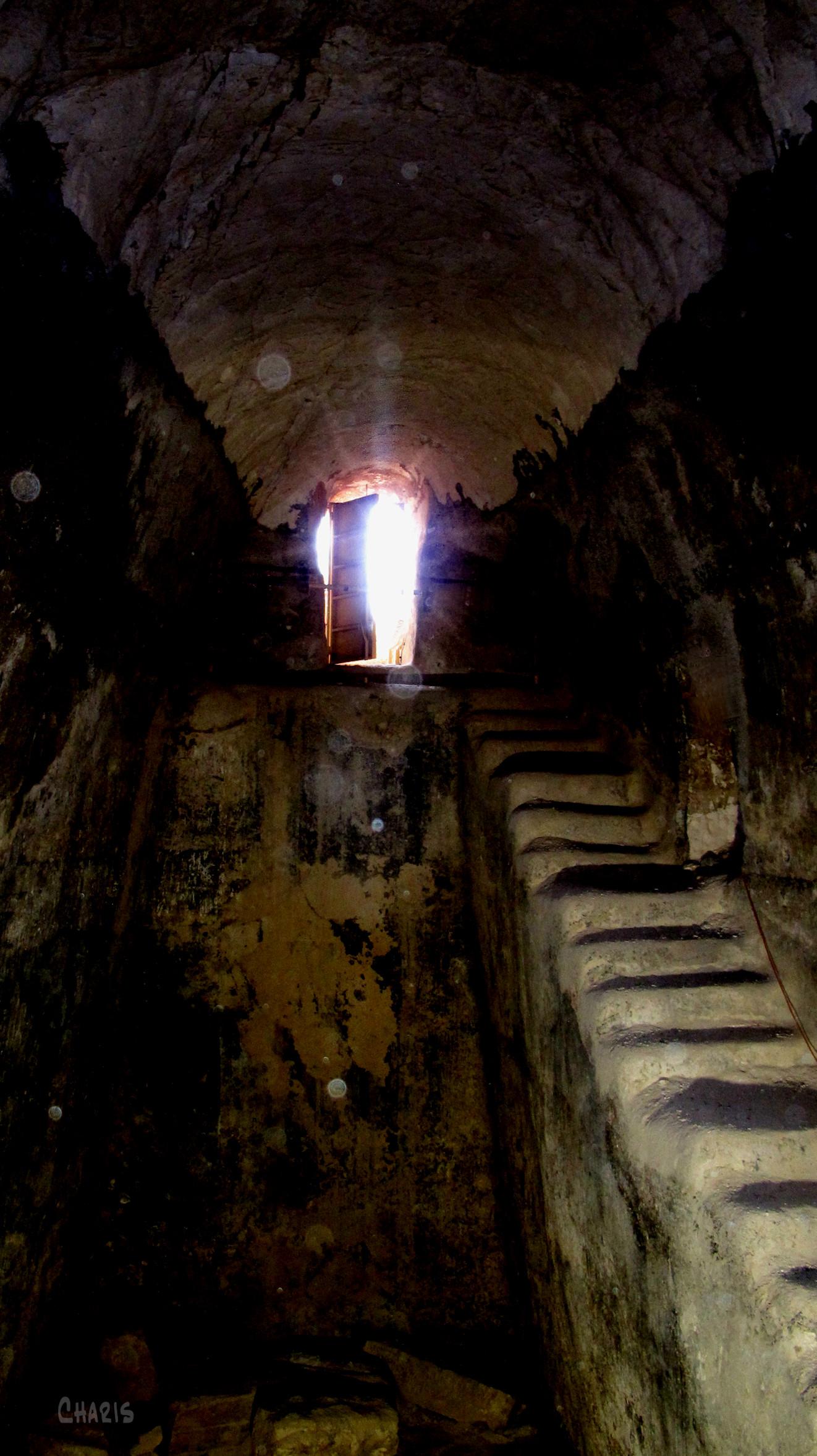 cistern door colour light dark ch rs IMG_0971