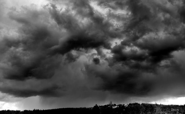 storm cloud sky rain bw ch DSC_0232