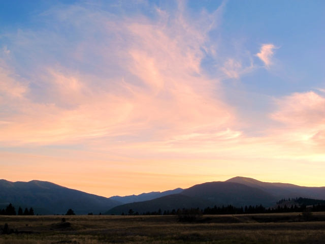 sky pink hills IMG_2086